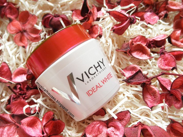 Vichy Ideal White Sleeping Mask Review MelaWhitening