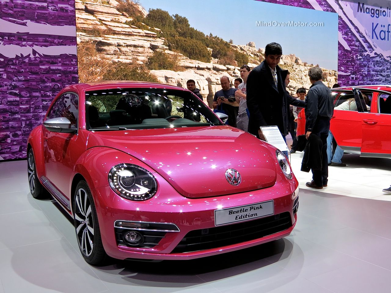 NYIAS 2015 VW Beetle Pink Edition