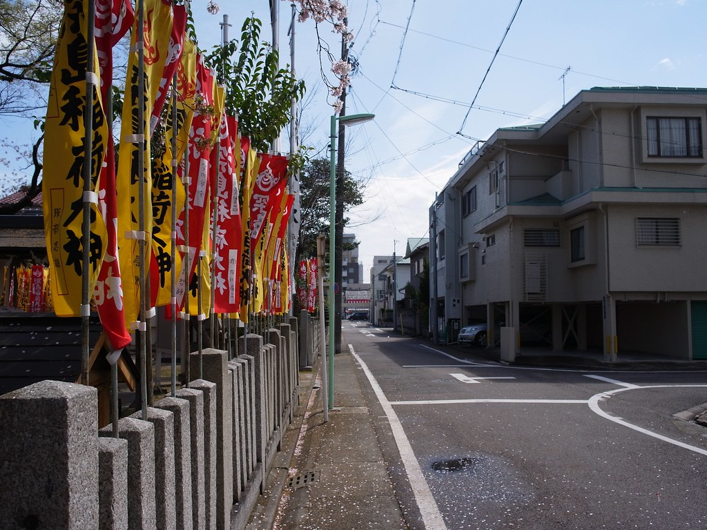 One scene in neighborhood(@Fukashima Shinto shrine) 2015/04 No.1.