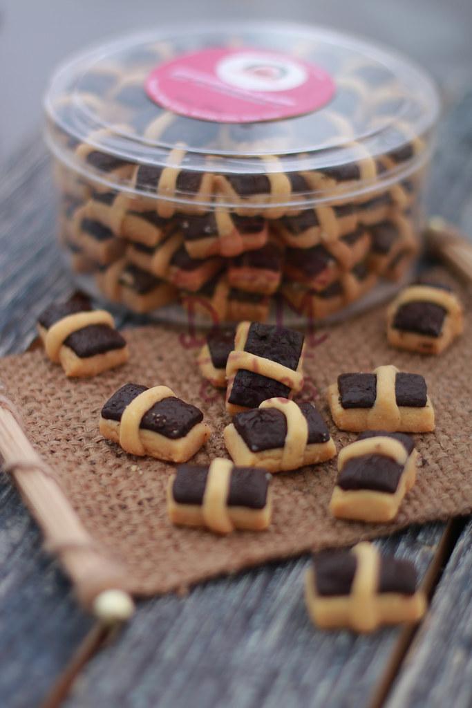 3. Choco Stick DKM COOKIES