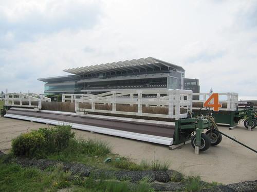 中京競馬場の竹柵障害