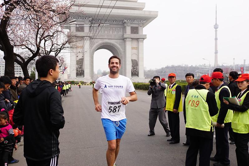 Pyongyang Marathon 2015 runner in front of Arch