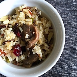 Wild rice blend with cranberries,almonds and mushrooms. #lunch #healthy #weekendprep