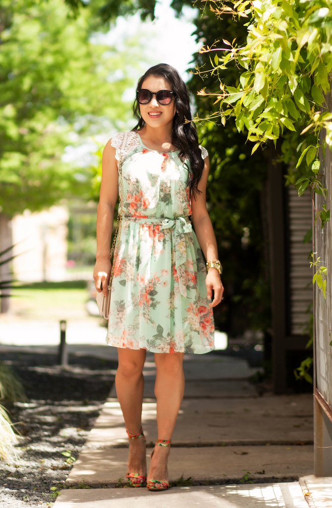 cute & little blog | petite fashion | Byer California mint floral crochet dress, tory burch robinson wallet on chain, justfab floral strappy sandals | spring summer outfit