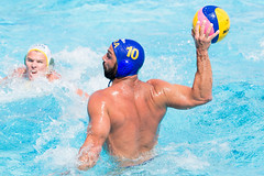 water & ball sports, water polo, swimming, sports, recreation, outdoor recreation, leisure, swimmer, water sport, ball game,