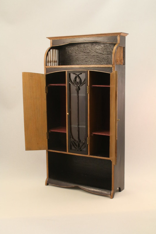 French art nouveau armoire cabinet (Majorelle design)