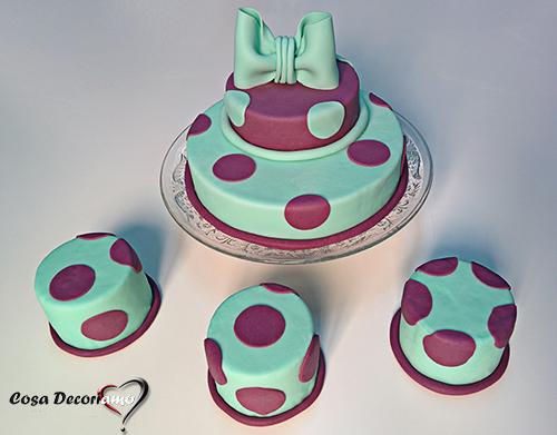 Torte - 95 - Torta con mini cake