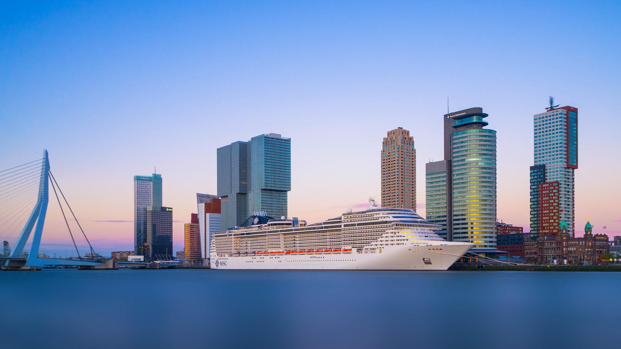 Rotterdam, Netherlands [2048x1152]