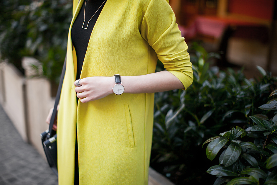 lime-yellow-duster-coat-outfit-streetstyle