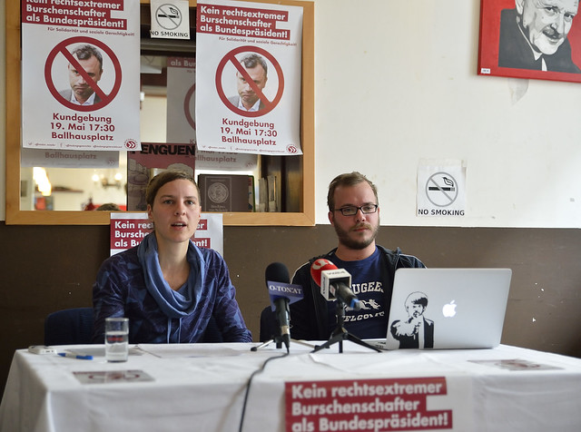 Pressekonferenz der Offensive gegen Rechts