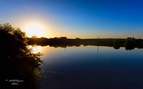 texassunsets nikonphotography traveltexas scenictexas scenicviewsintexas sunsetontheleonriver vastfloodingontheleonriver leonrivercomanchecountytexas 2016texasflooding