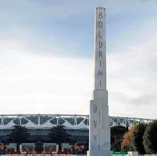 ROMA ARCHEOLOGICA & RESTAURO ARCHITETTURA. LA MEMORIA - Boldrini: «Cancellare la scritta Dux dall'obelisco di Mussolini» Bufera sulla presidente della Camera, CORR. DELLA SERA & IL TEMPO (17|04|2015).