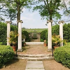 This place.🙌 #Shenandoahvalley #museum #garden #pillars #columns #arboretum #structure #fountain #scenery #winchester #va