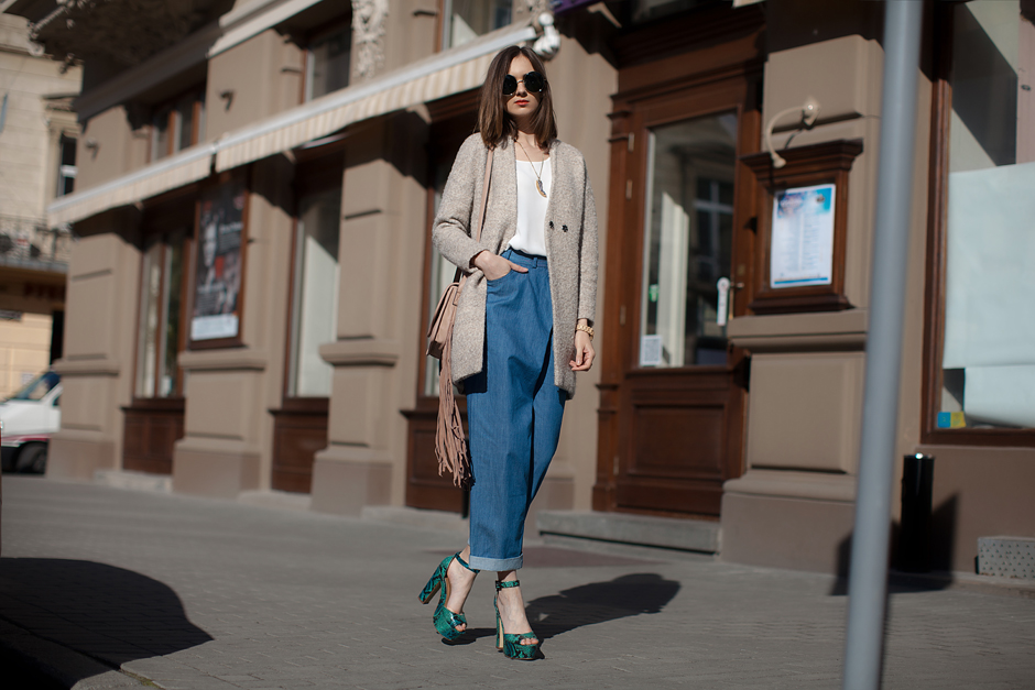 platform-sandal-heels-outfit-street-style