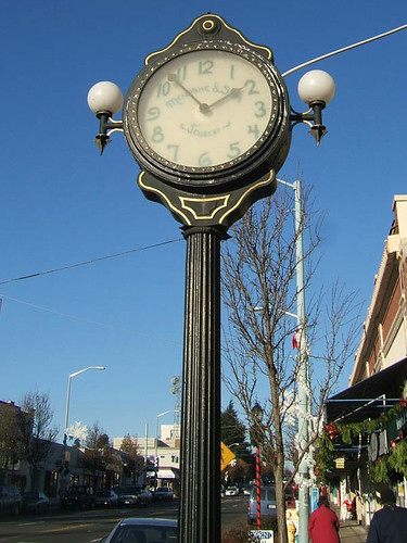 Menashe & Sons Street Clock, Seattle, 2005