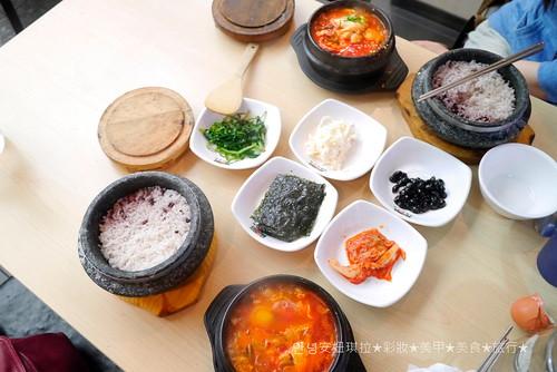 Blog//2015.03.31韓國自由行Day1-新村石磨豆腐鍋