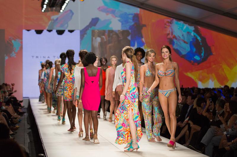 Belk-Bloggers-Charleston-Fashion-Week-20-trina-turk-show