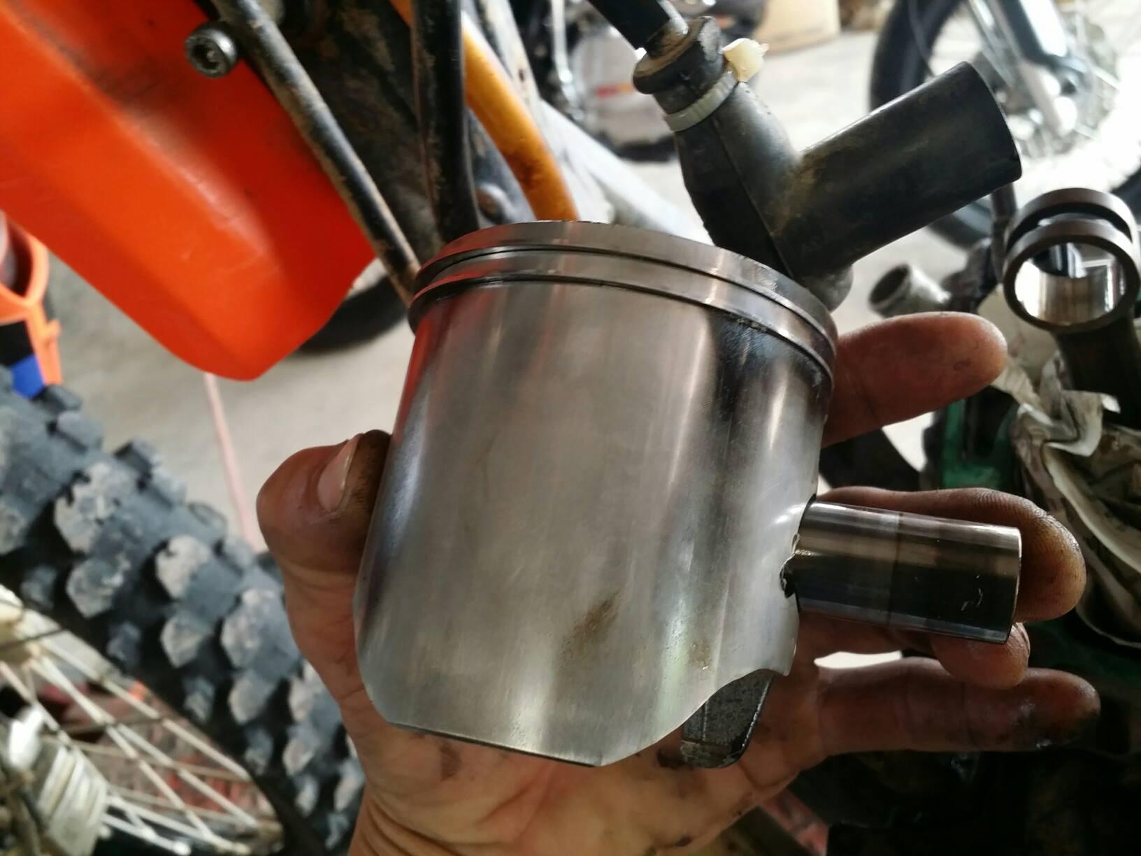 ktm 300 2-stroke bottom end engine rebuild