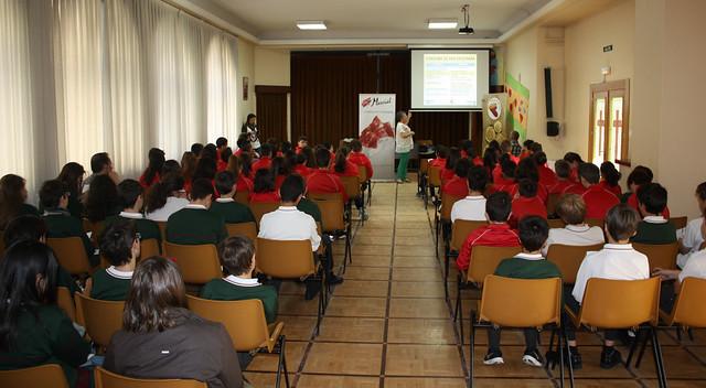 Alumnos participantes en la segunda jornada ofrecida por AESPAN celebrada en el colegio Calasanz.