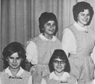 Candy Stripers Teen Age Hospital Volunteers 1965
