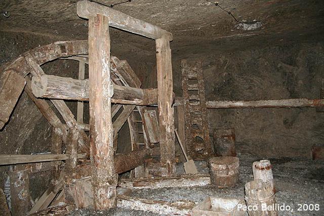 Maquinaria primitiva. © Paco Bellido, 2008