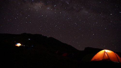 travel camping light camp night landscape hiking sony gunung backpacker eiger milkyway sumbing nex5t