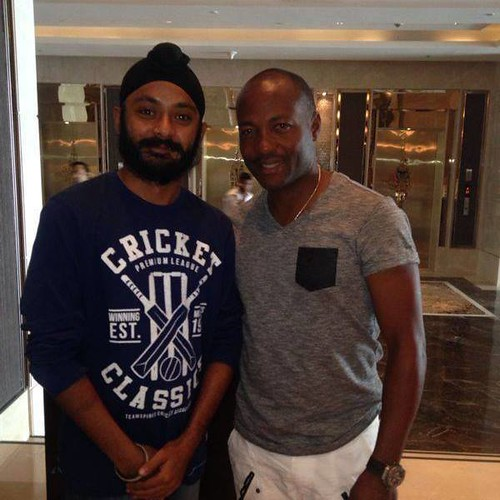 Jasmeet Singh with Brian Lara at Mumbai India