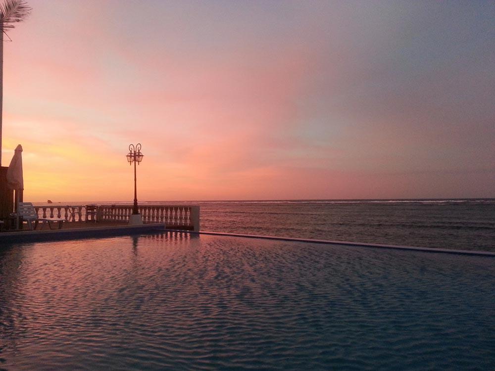 Casa-Almarenzo-Infinity-Pool-at-Dusk