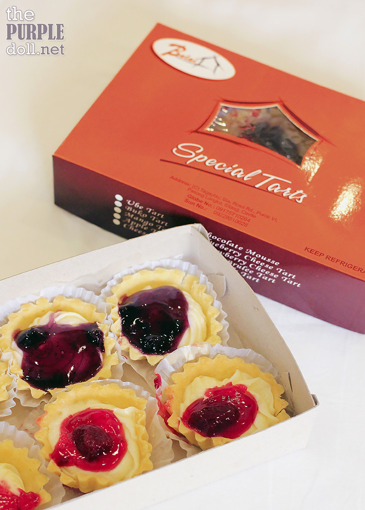 Balai Pasalubong Blueberry and Strawberry Tarts