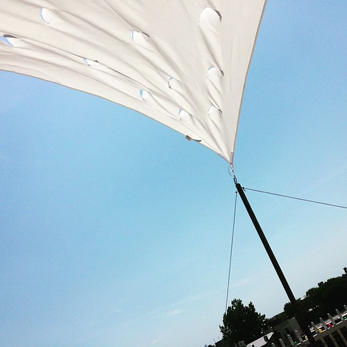 Roof sail