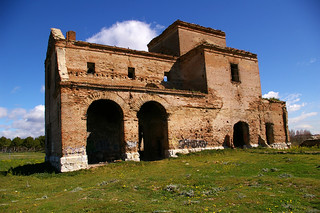 Iglesia de San Pedro 의 이미지. madrid ruinas sanpedro ermita leganes barroco polvoranca 2015 despoblado pavelcab pablocabezos