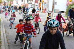 2012-09-15-urban-commuter-ottawa-hans-moor-wellington-kids-bike-ride-06