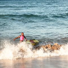 coast(0.0), bodyboarding(0.0), paddle(0.0), surface water sports(1.0), beach(1.0), boardsport(1.0), sports(1.0), sea(1.0), surfing(1.0), ocean(1.0), boating(1.0), wind wave(1.0), extreme sport(1.0), wave(1.0), shore(1.0), water sport(1.0), skimboarding(1.0), surfboard(1.0),