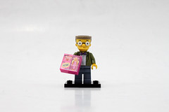 LEGO The Simpsons Minifigures Series 2 (71009) - Waylon Smithers
