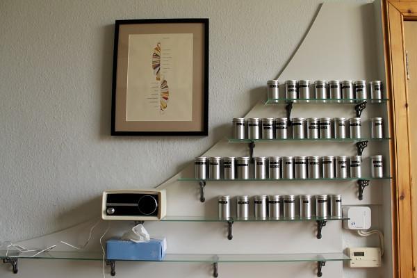 Glass and cast iron shelves - Misericordia