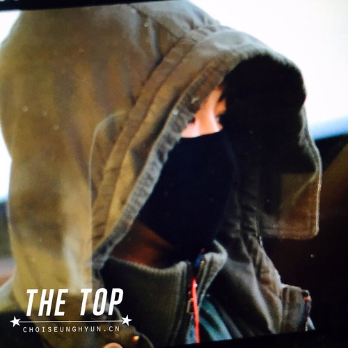 Big Bang - Incheon Airport - 10apr2015 - TOP - The TOP - 02