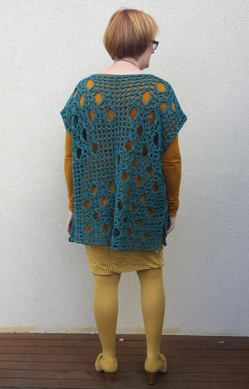 Crochet tunic.  Pattern is Bridges by Yumiko Alexander, worked in cotton from Woolarium