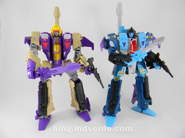 Transformers Doubledealer Voyager - Generations - modo robot vs Blitzwing