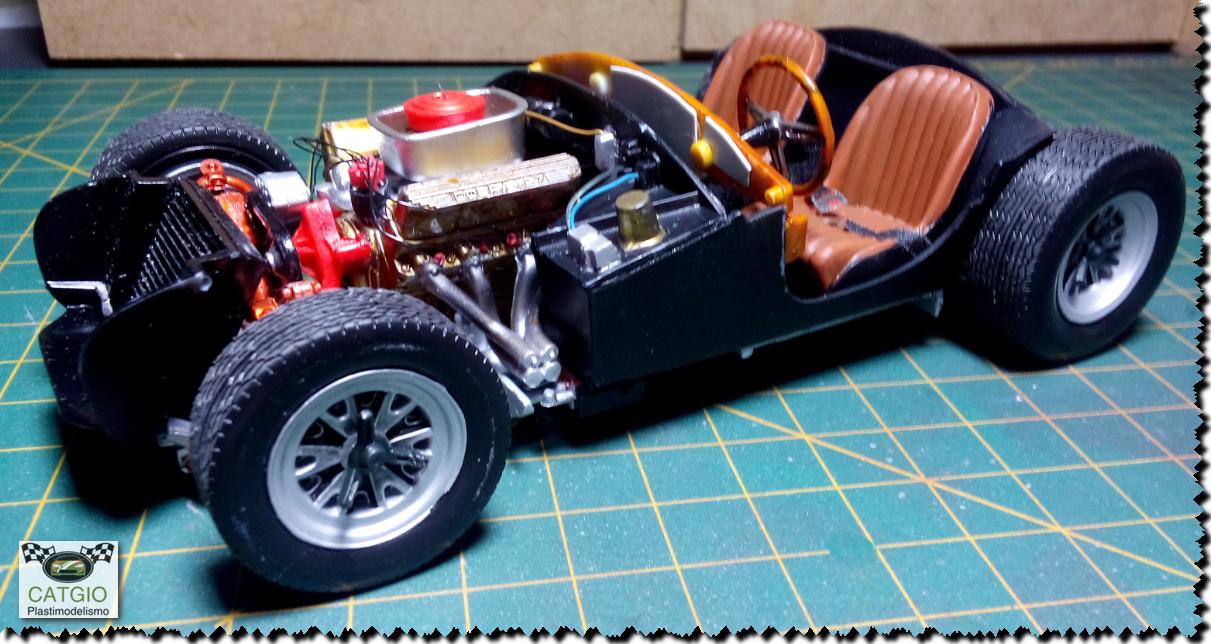 Shelby Cobra S/C - Revell - 01/24 - Finalizado 24/04 - Página 2 17039152498_e427a6c0da_o