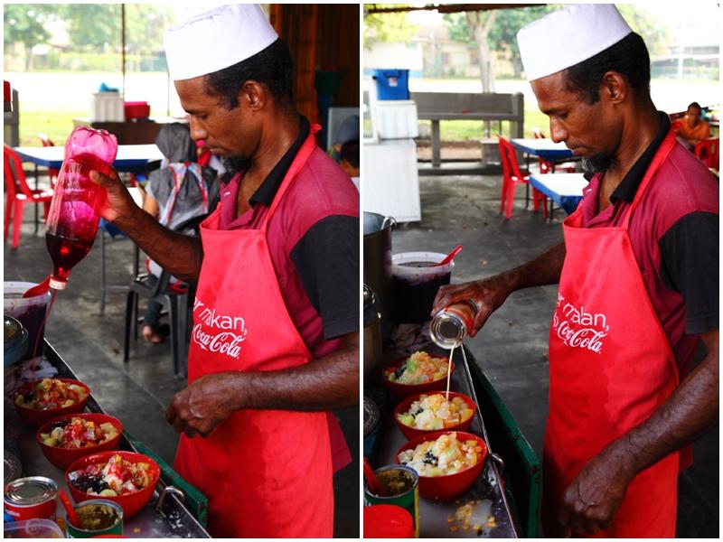 Making Ais Kacang Melaka