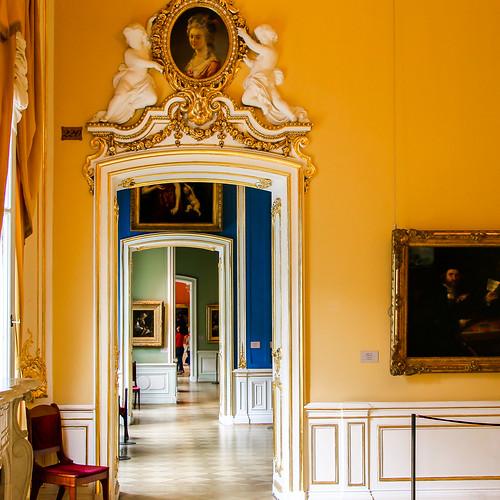 Colorful room wall colors in Hermitage Museum, Saint Petersburg, Russia エルミタージュ美術館、カラフルな部屋たち