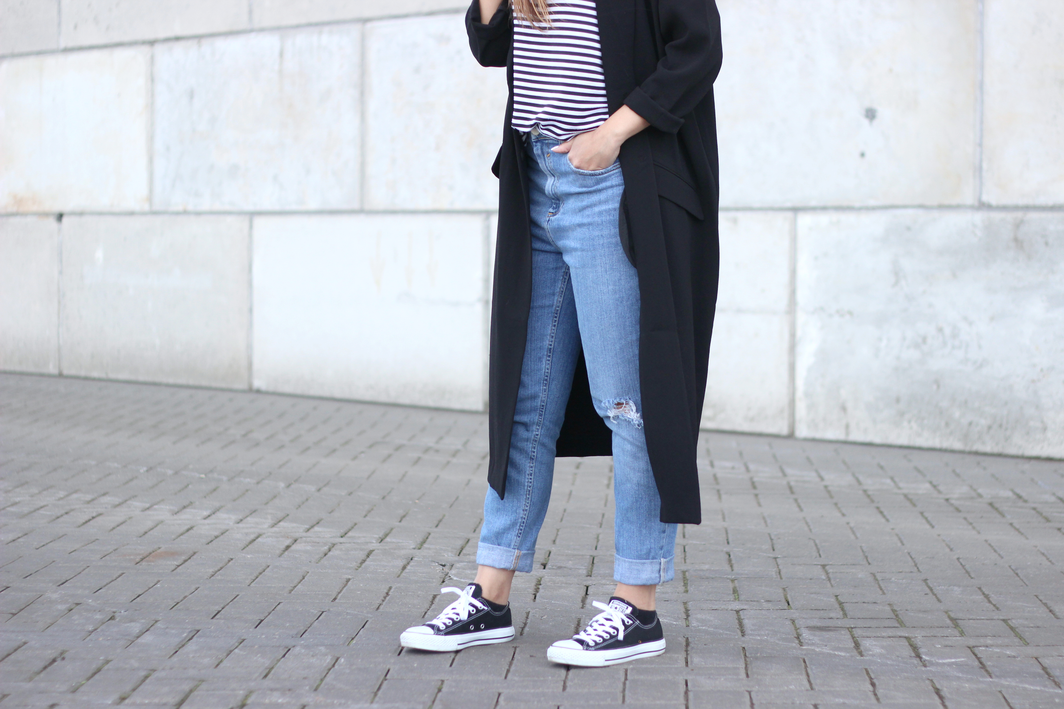 converse-trainers-all-star-kicks-combination-simplicity-basic-outfit
