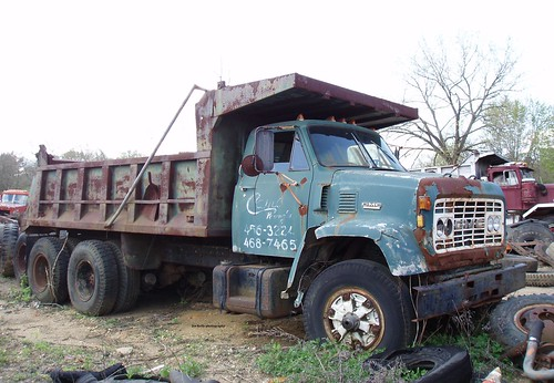 Camco Paving, Inc. 1969 GMC JI-9500 dump truck_1
