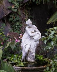 Les deux grâces du jardin d'Eden (2)