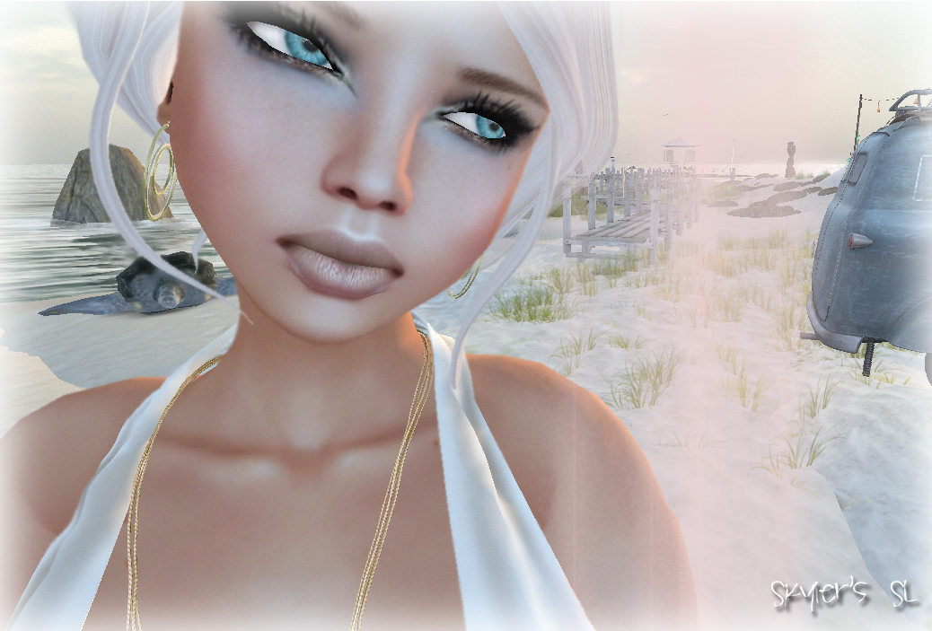 SL Outfit of the Day: Whispery Light Gold Champagne