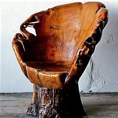 #Kursi dari #kayu yang alami... menambah keindahan rumah kita...