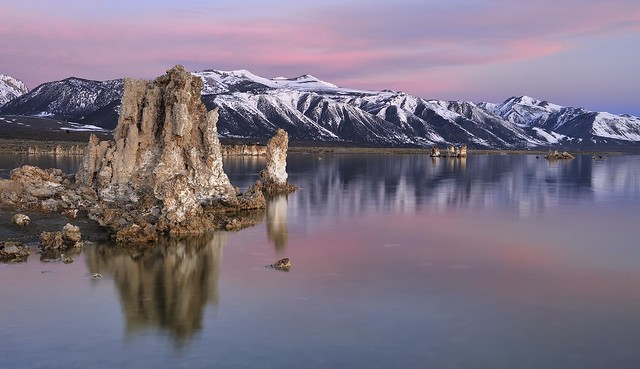 *Mono Lake @ early morning light*