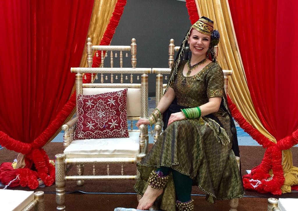 Samira, Classic Bollywood Mujra