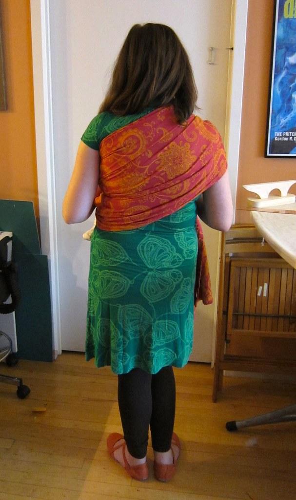 DIY Fuschia Tablecloth Ring Sling