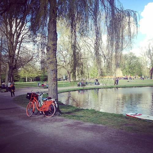 Was a nice day, sunny as always, see u next year all orange dutchies #Dutch #orange #vondelpark #amsterdam #cyclechic #kingsday #koningsdag #qday #acitymadebypeople
